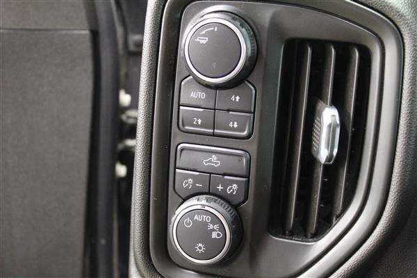 Chevrolet Silverado 1500 2020 - Image #17