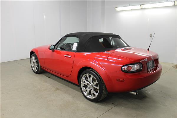 Mazda Miata LIMITED EDITION 585/3500 2006 - image #7
