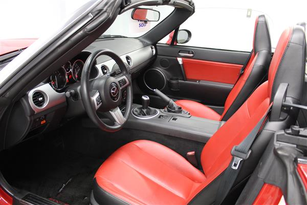 Mazda Miata LIMITED EDITION 585/3500 2006 - image #8