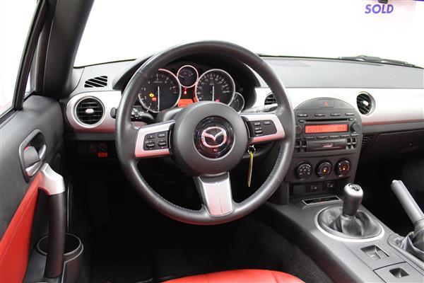 Mazda Miata LIMITED EDITION 585/3500 2006 - image #10