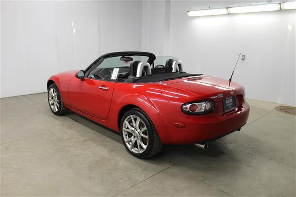 Mazda Miata LIMITED EDITION 585/3500 2006 - image #23